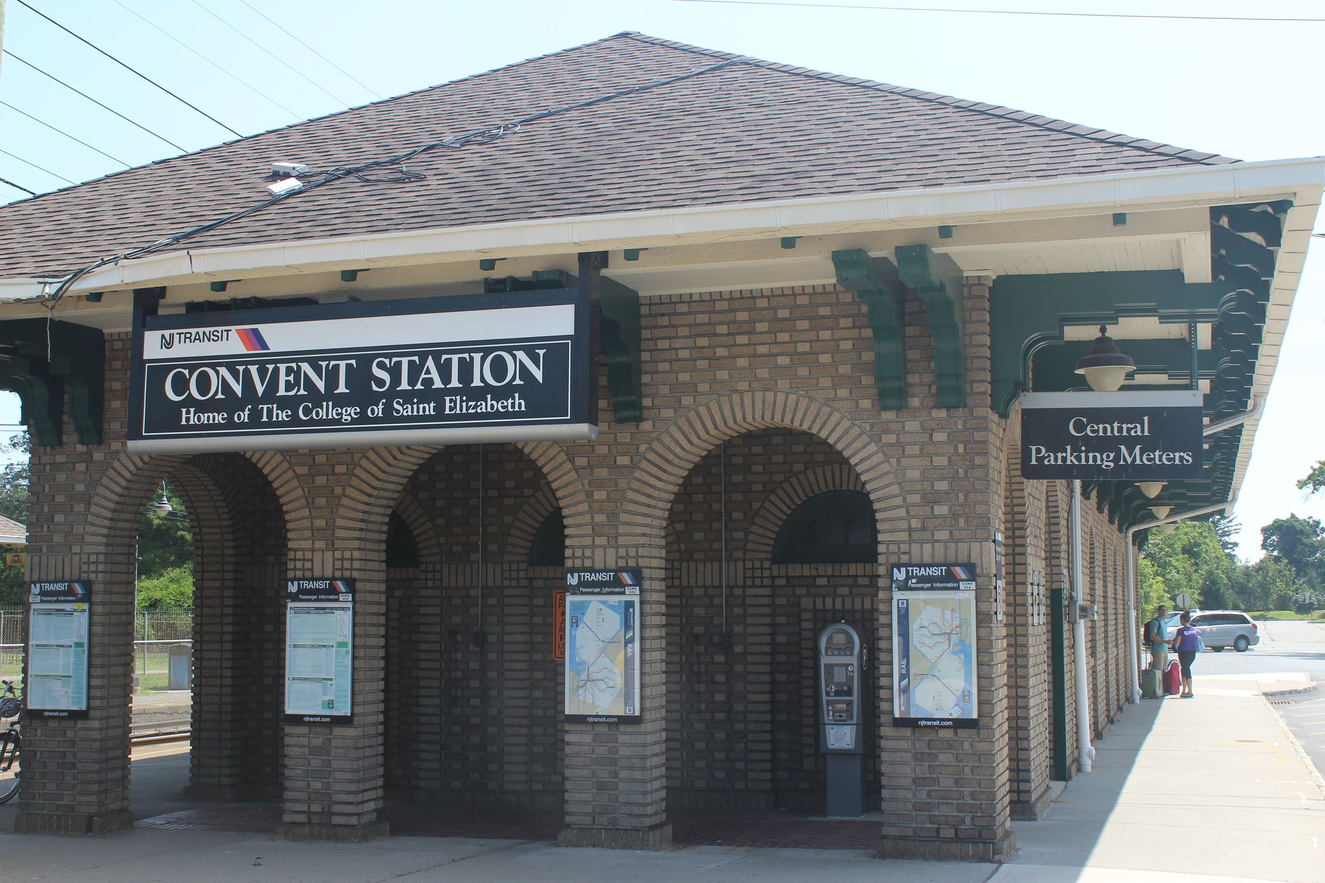 Convent Train Station